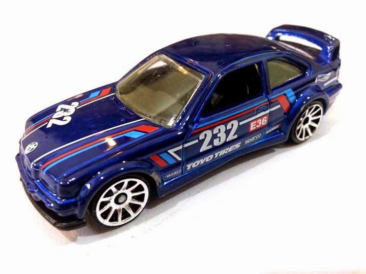 Blue BMW E36 M3 Race.JPG