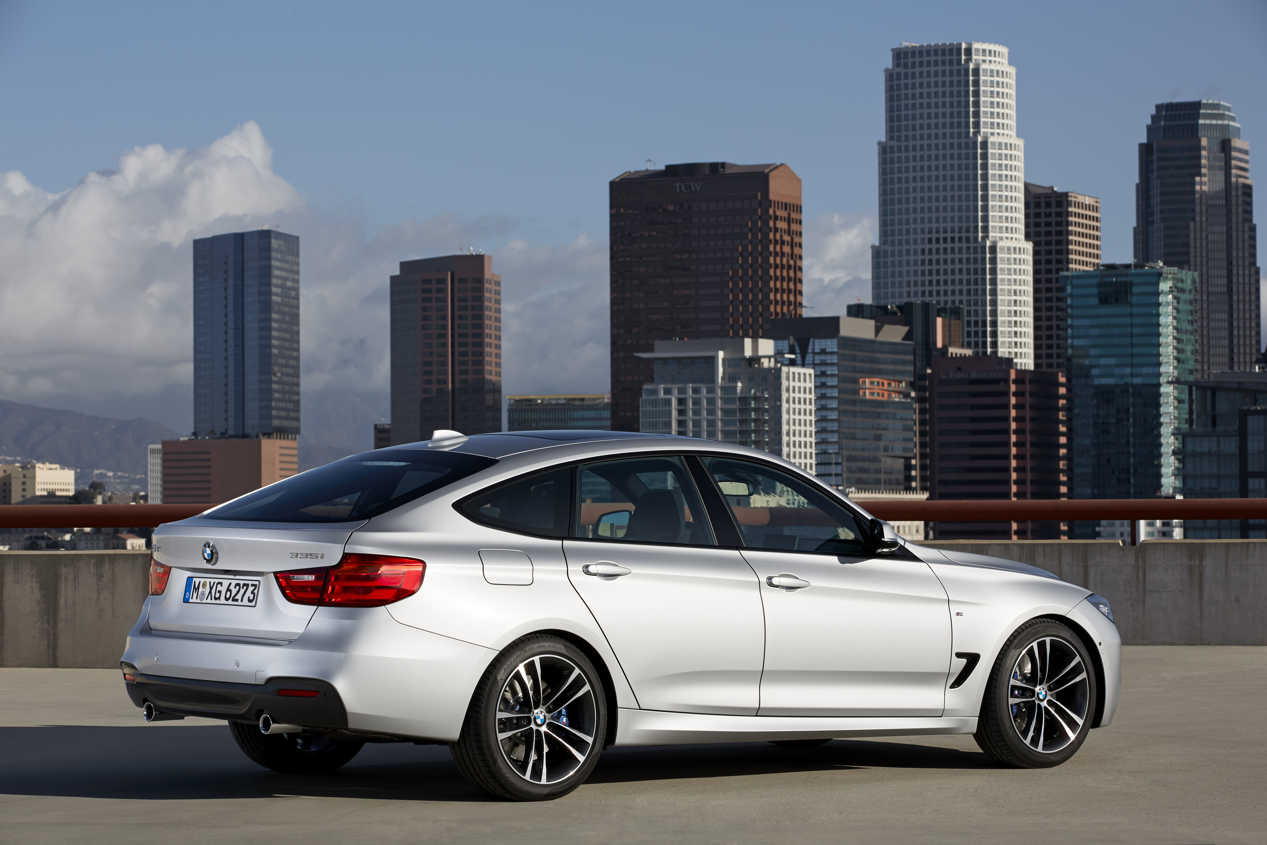 bmw 3 series gt hurls into view bmw car club of america. Black Bedroom Furniture Sets. Home Design Ideas